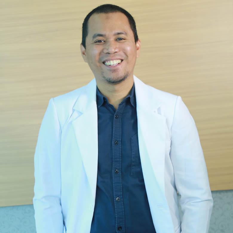 dr. Andi C. Arvi Putra, sp.M