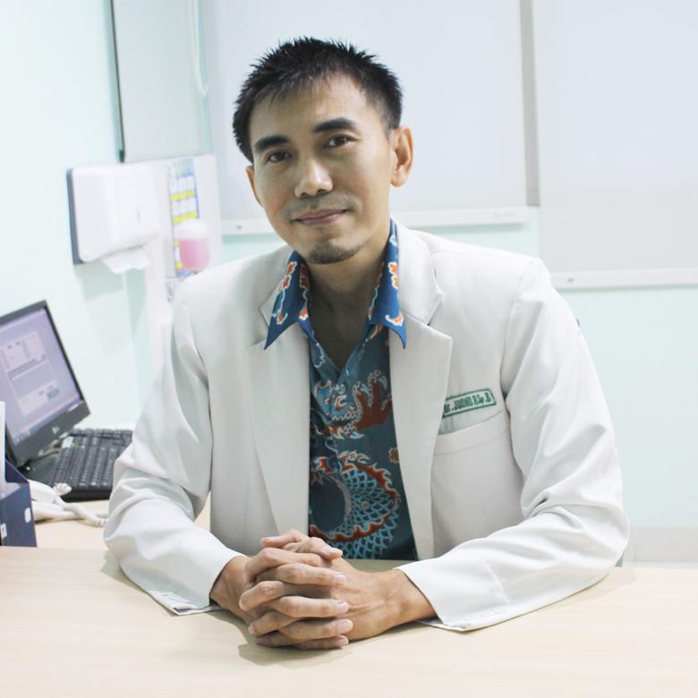 dr.Juono Prabowo, Sp. B
