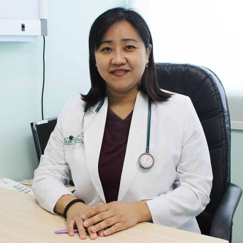 dr. Lina Tjandra Koesnandar, MSc,. Sp.PD