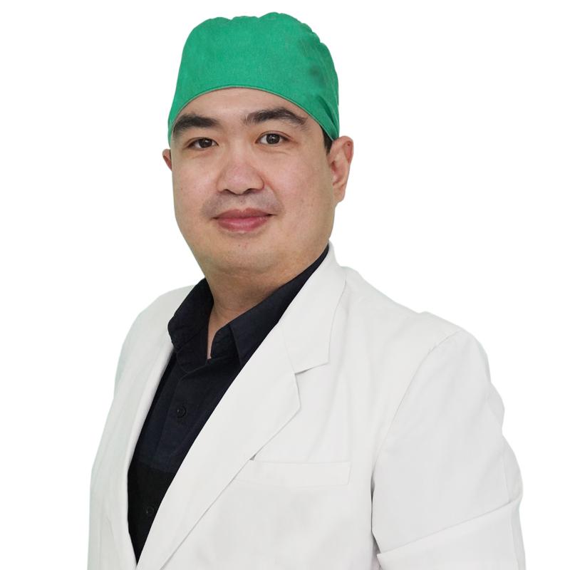 dr. Constantino Satriono, Sp. B
